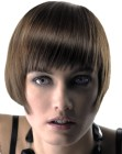 Short bob haircut that frames the face