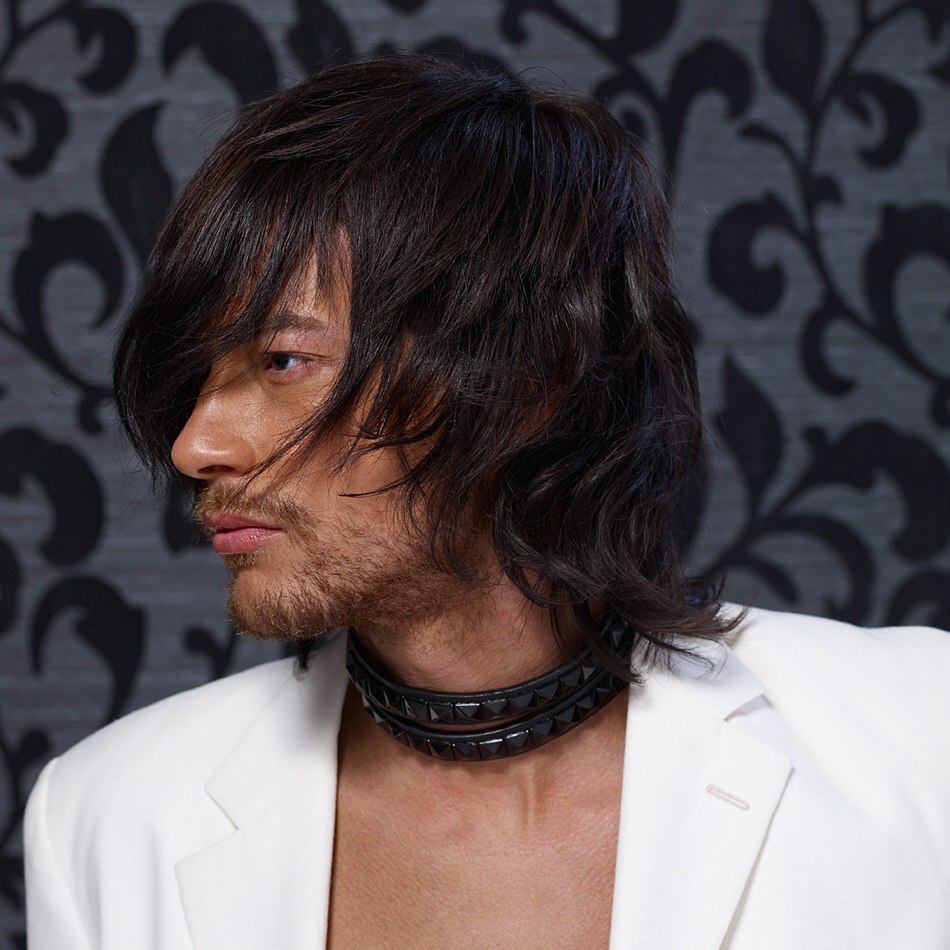 Done Undone Hairstyle For Men Long Neck Area And Long Fringe