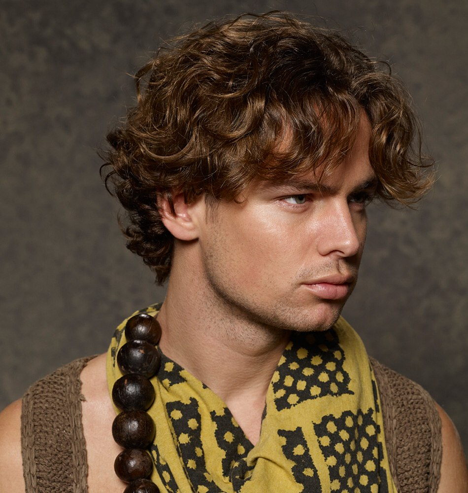 Surfer Hairstyles For Men Surfer Hairstyle For Men Grown Out Hair Unkempt Look And Curls