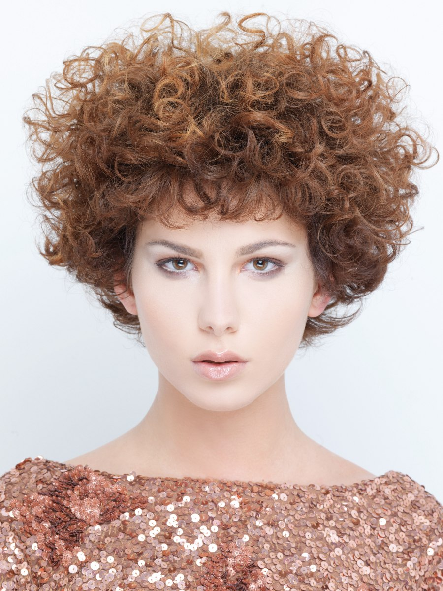Short above the ears hairstyle with cherub curls