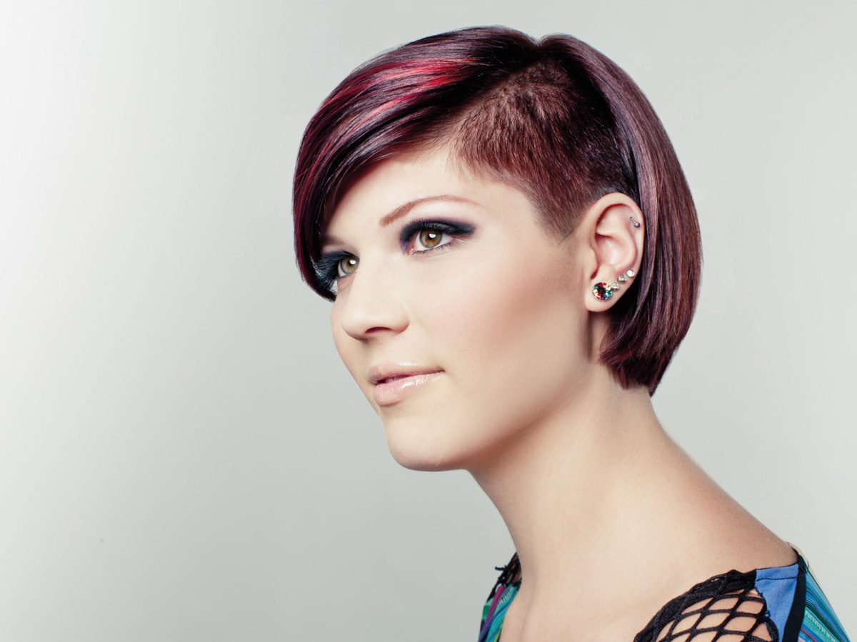 Hipster Hair Styles: Short Urban Hipster Hairstyle With A Triangular Undercut