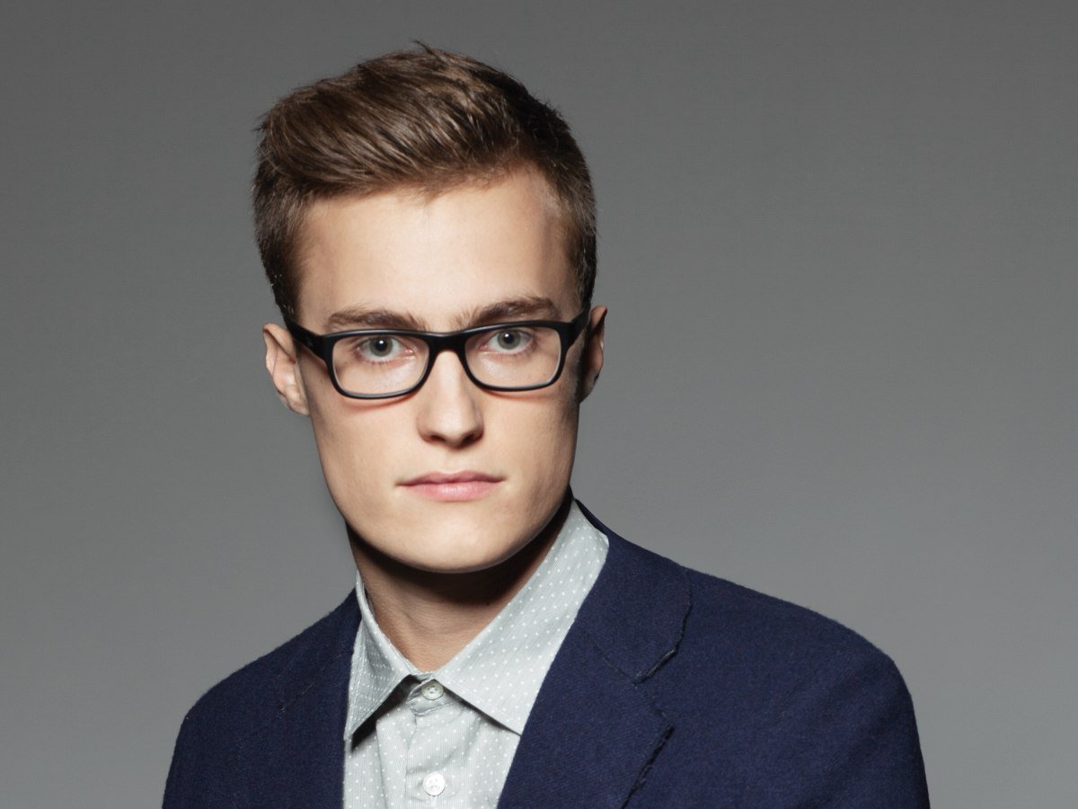 Traditional And Clean Haircut For Men Wearing Glasses