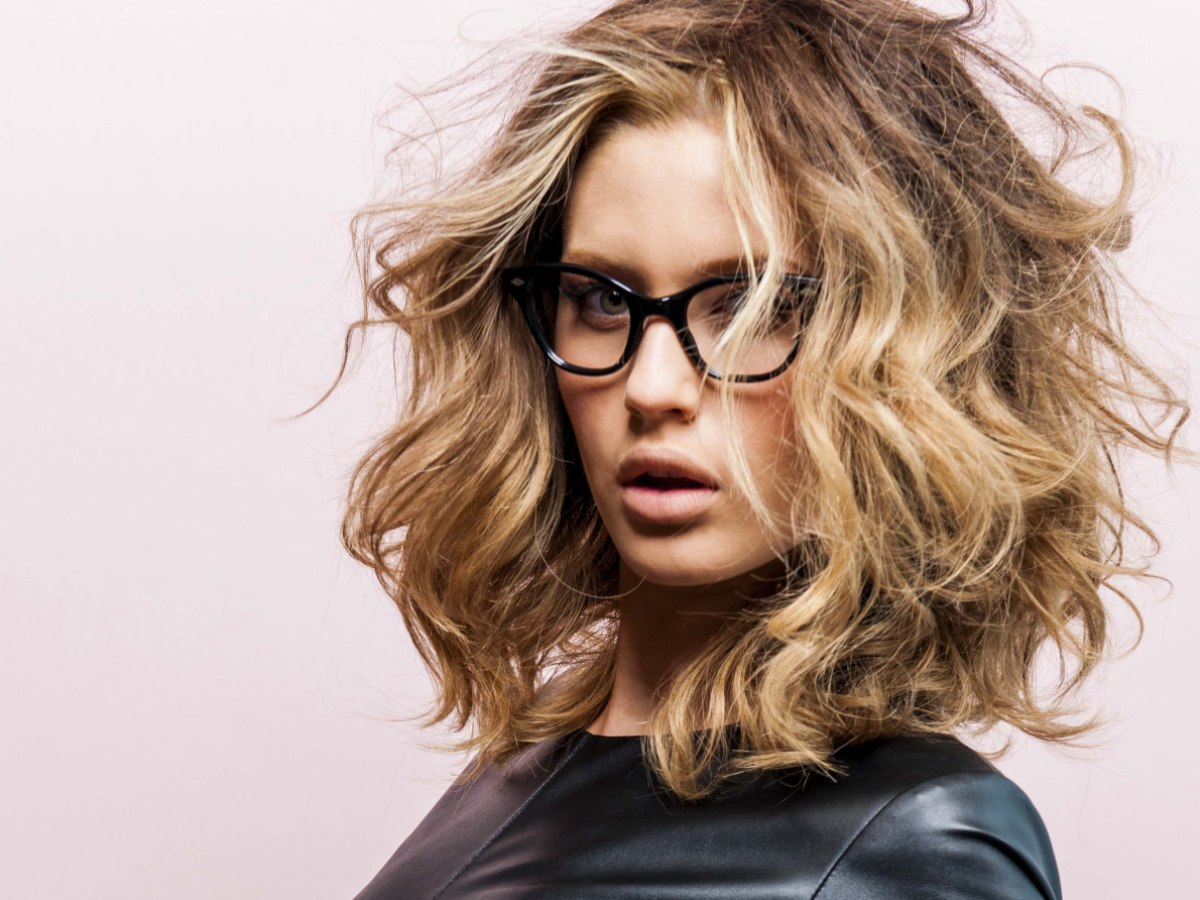 Hairstyles For Long Hair And Glasses : Long Hair Cuts For Teachers newhairstylesformen2014.com