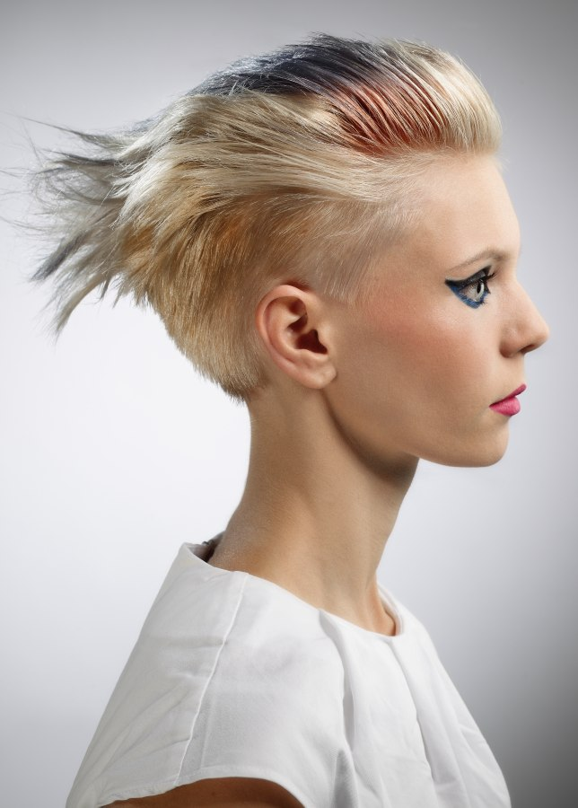 Short Hair Undercut Clipped Texture Bowl Shape