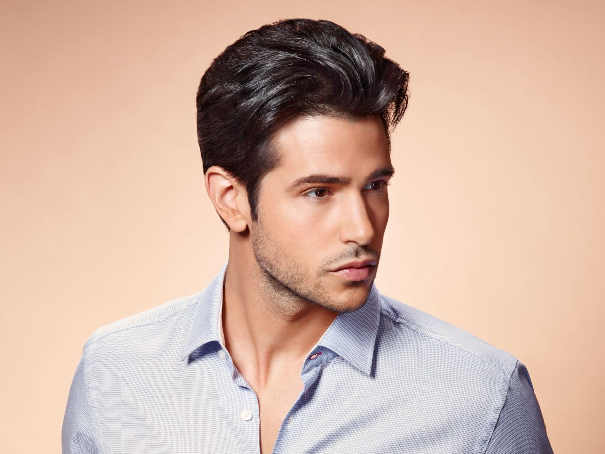 Mens Cut With A Short Neck And Sides And A Swept Back Fringe - Swept hairstyle men