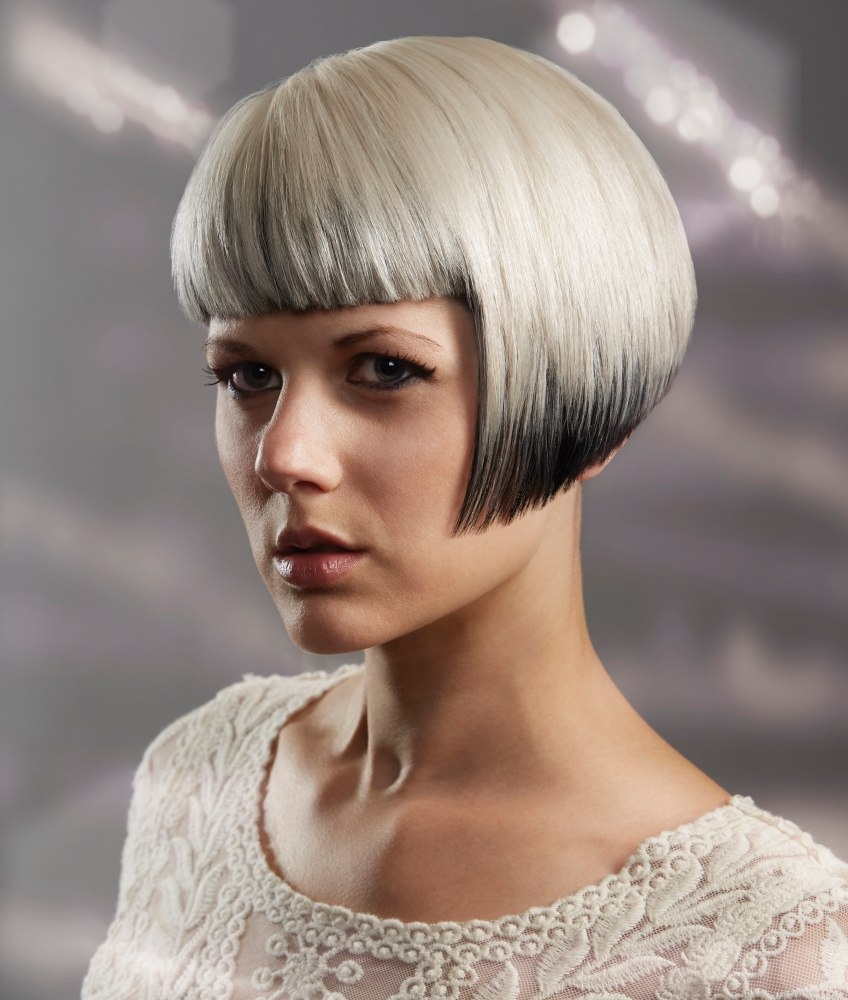 Wondrous Bob With A Straight Fringe And Two Tone Hair Coloring Hairstyles For Women Draintrainus