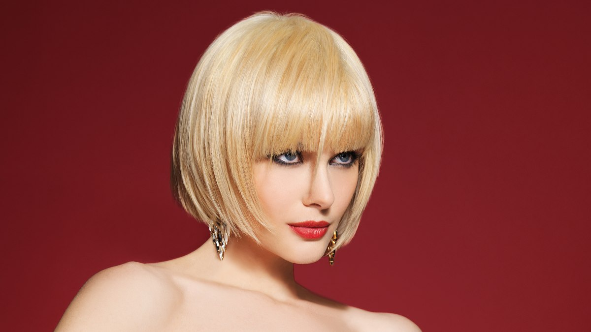 Classy Bob Hairstyle With Longer Strands In The Bangs