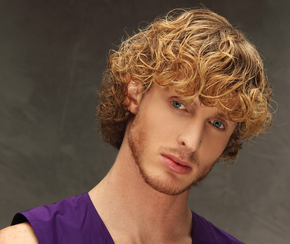 Hair With Wet Look Curls For Sporty Men