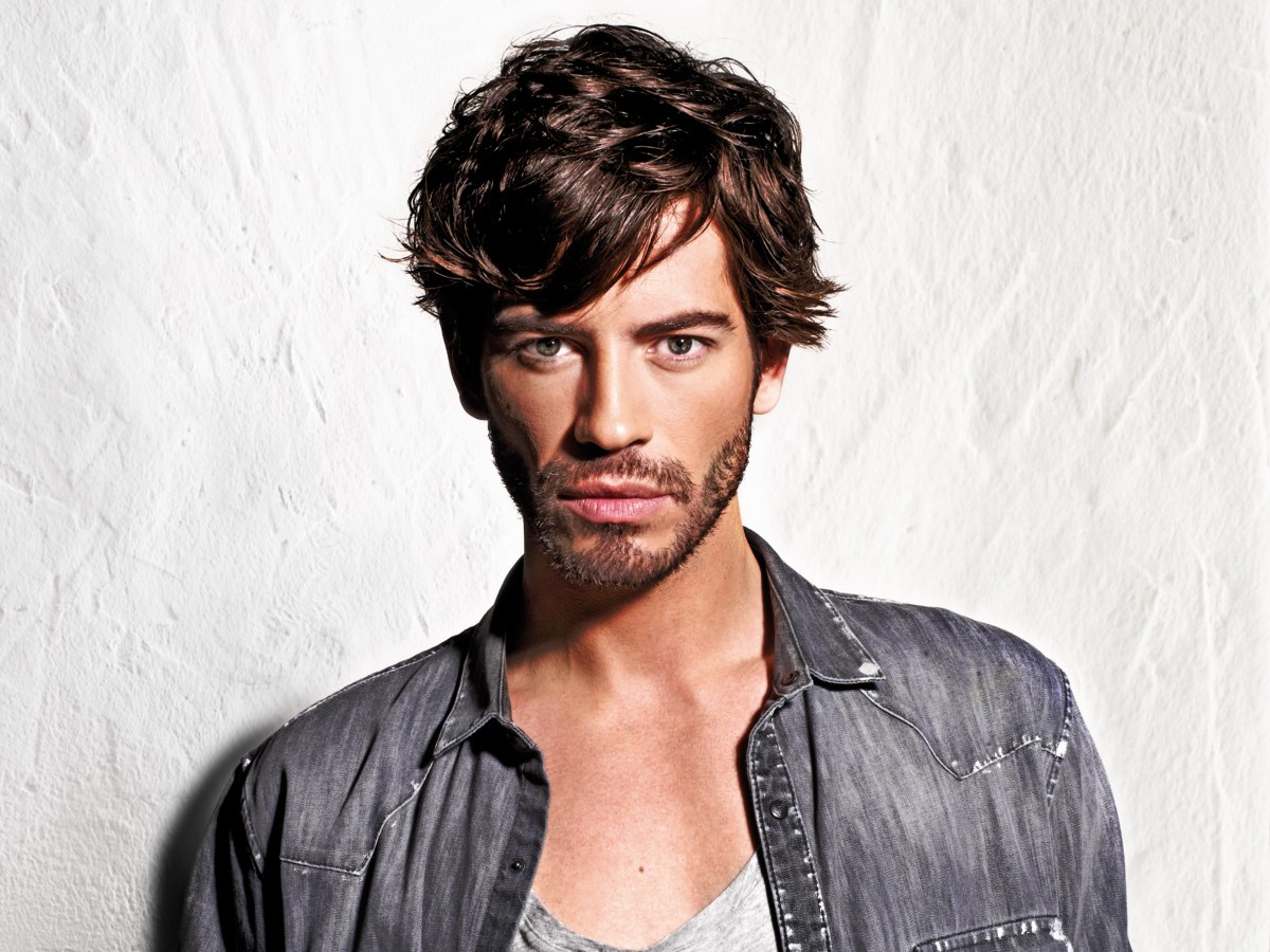 Men S Hairstyle With The Ears Half Covered
