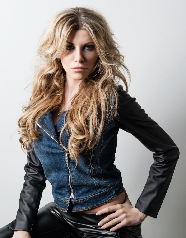 Mid Back Long Hair With Large Messy Waves And A Voluminous Top