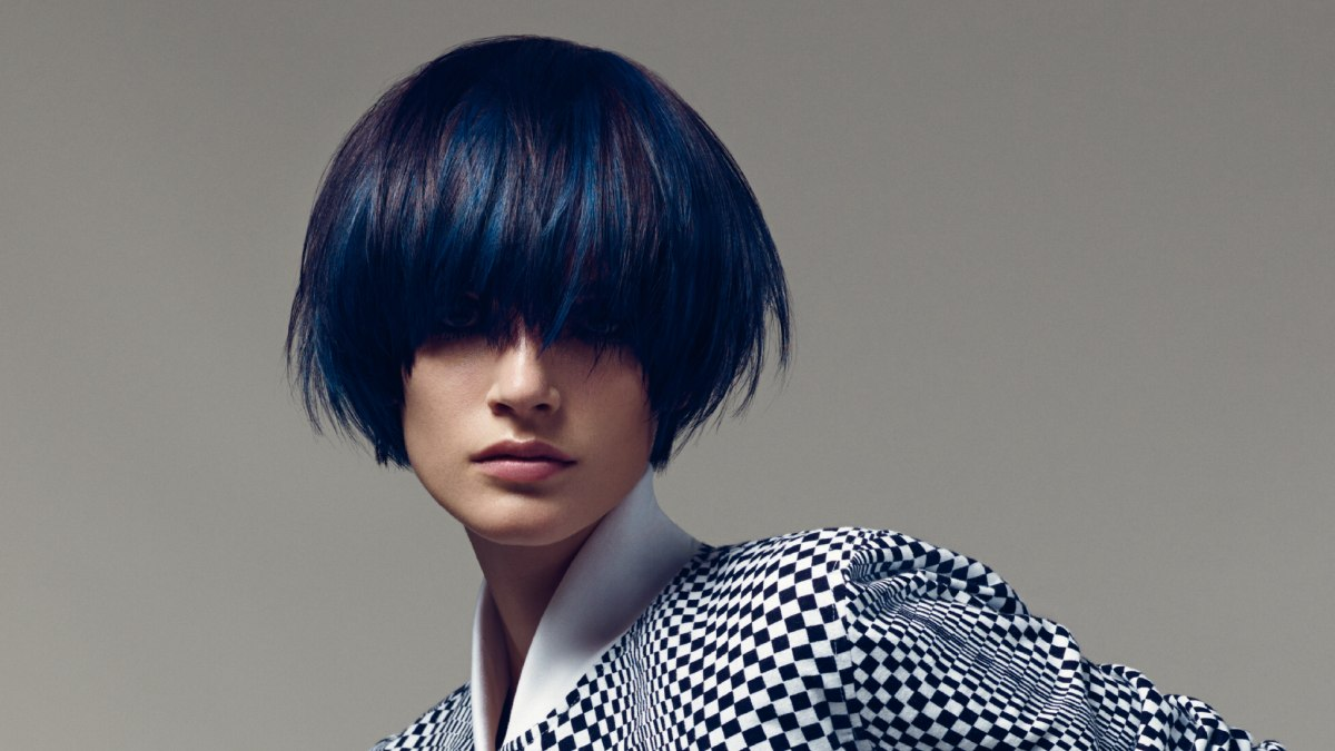 short round cut for black hair with blue streaks