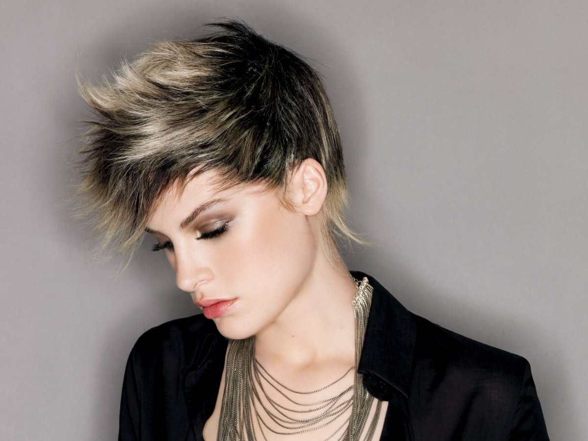 Short Forward Jutting Cut With Different Lengths Of Hair