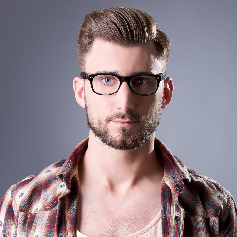 Short And Sophisticated Men's Hairstyle Combined With Glasses