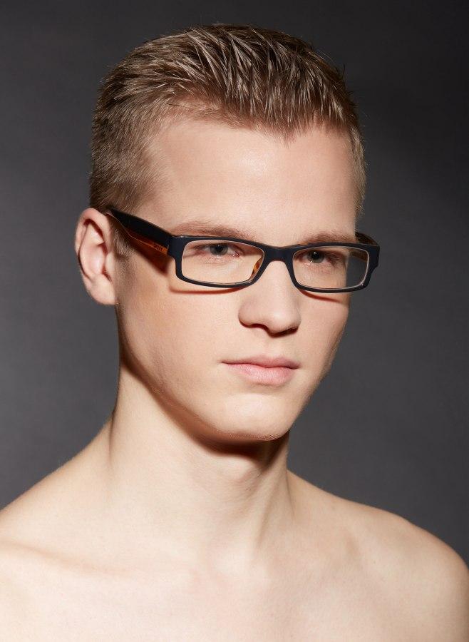 Short Hair And Rectangular Glasses For Men