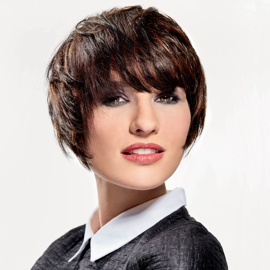 Quick and easy short hairstyle