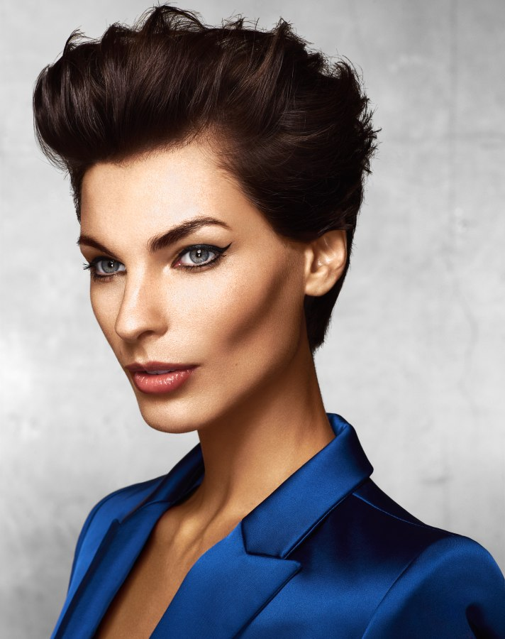low maintenance pixie hairstyle for corporate women