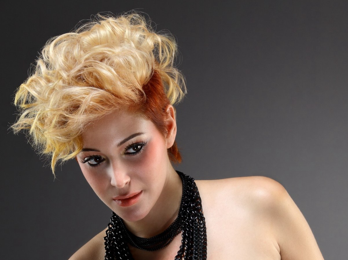 Pleasant Short 80S Hairstyle With Curls And Two Different Hair Colors Hairstyle Inspiration Daily Dogsangcom