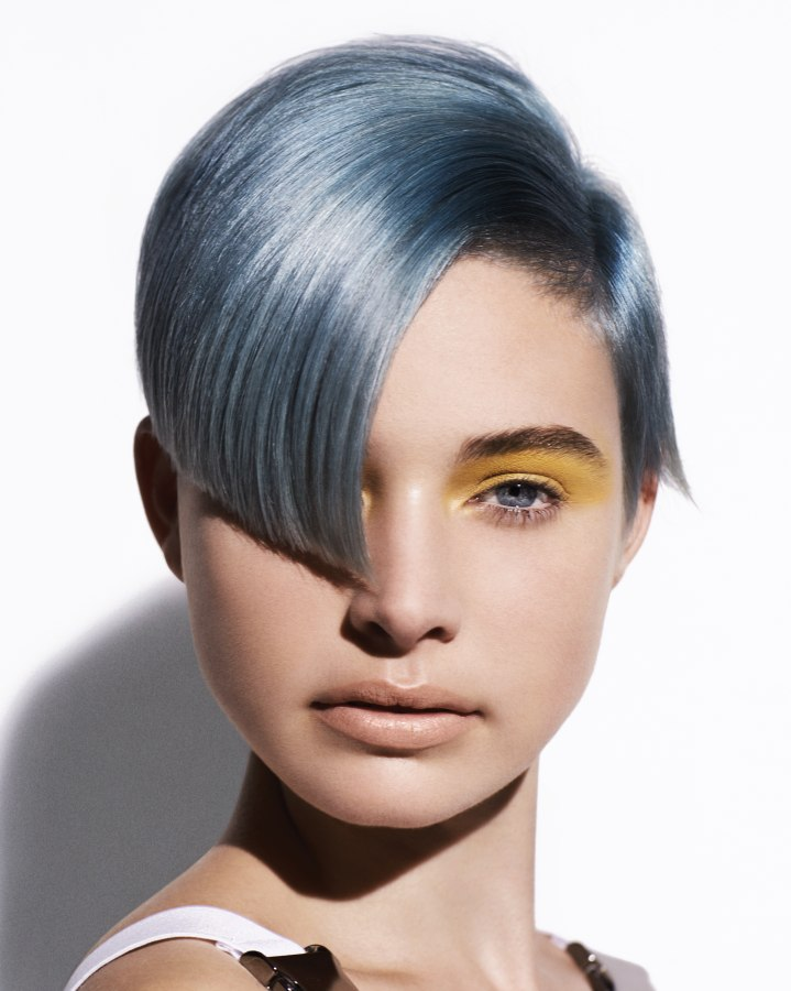 Short Tomboy Haircut With A Silver Metallic Blue Hair Color - Creative hairstyle color