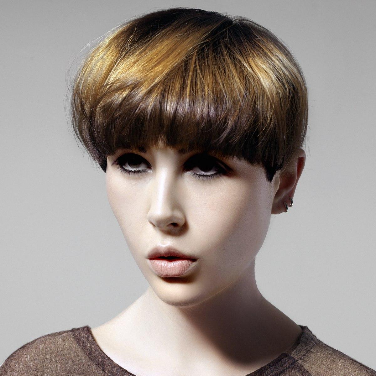 Miraculous Beautiful Minimalistic Short Hairstyles With Elegant Silhouettes Schematic Wiring Diagrams Phreekkolirunnerswayorg