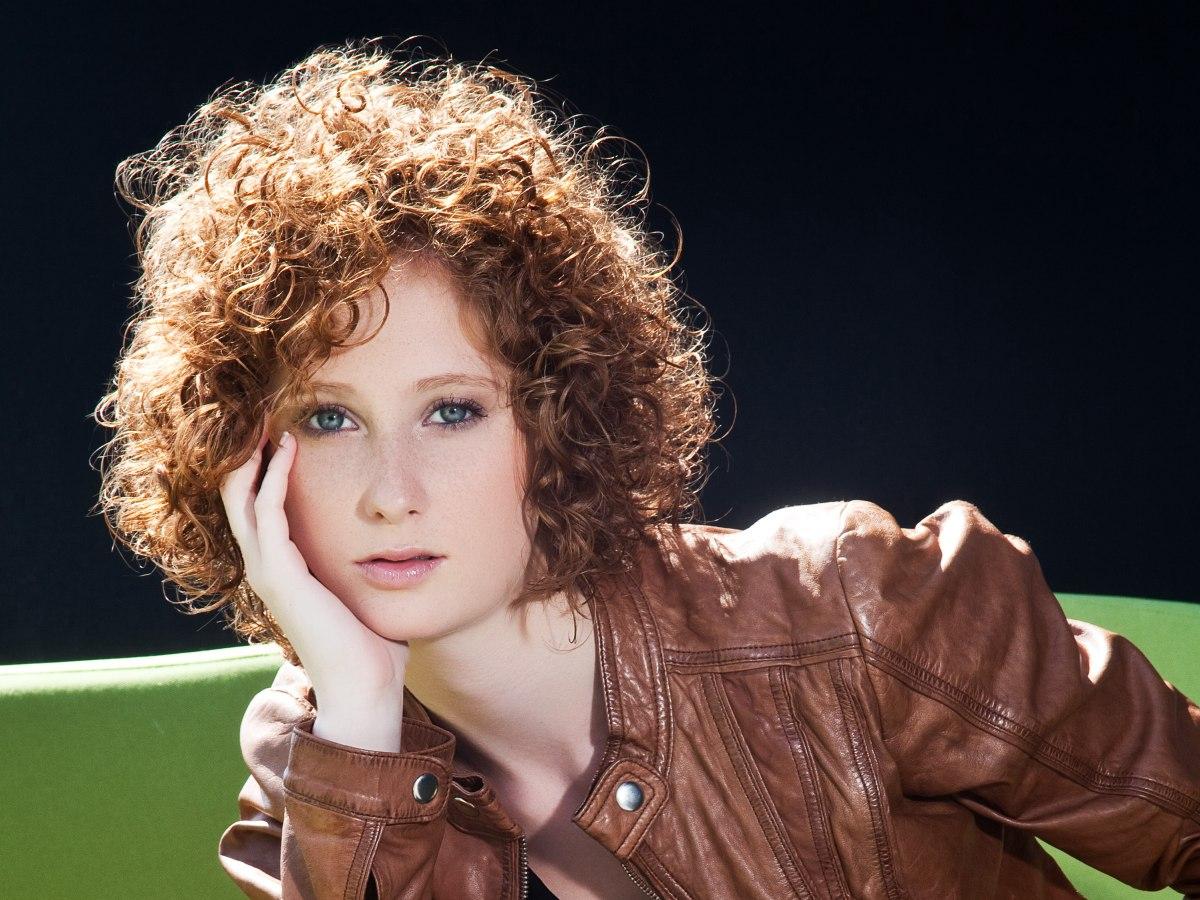Full Fringe With Curly Hair Short Hair Highlights And Lowlights - Short hairstyles with curls