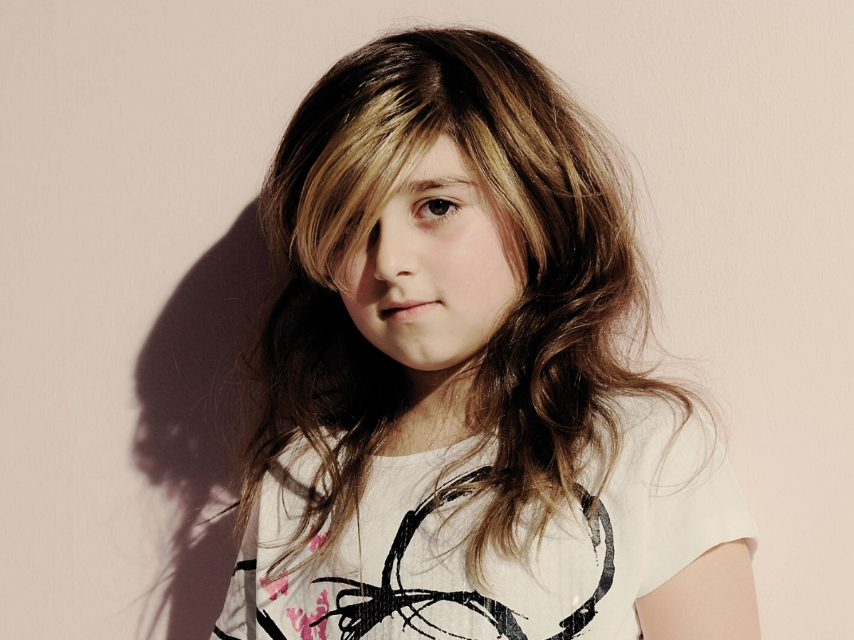 Long hairstyle with highlights for young fashion conscious ...