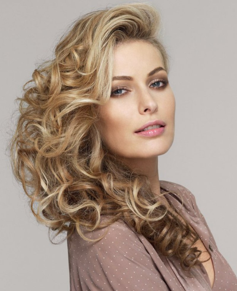 Long Curled Hair With Various Shades Of Blonde