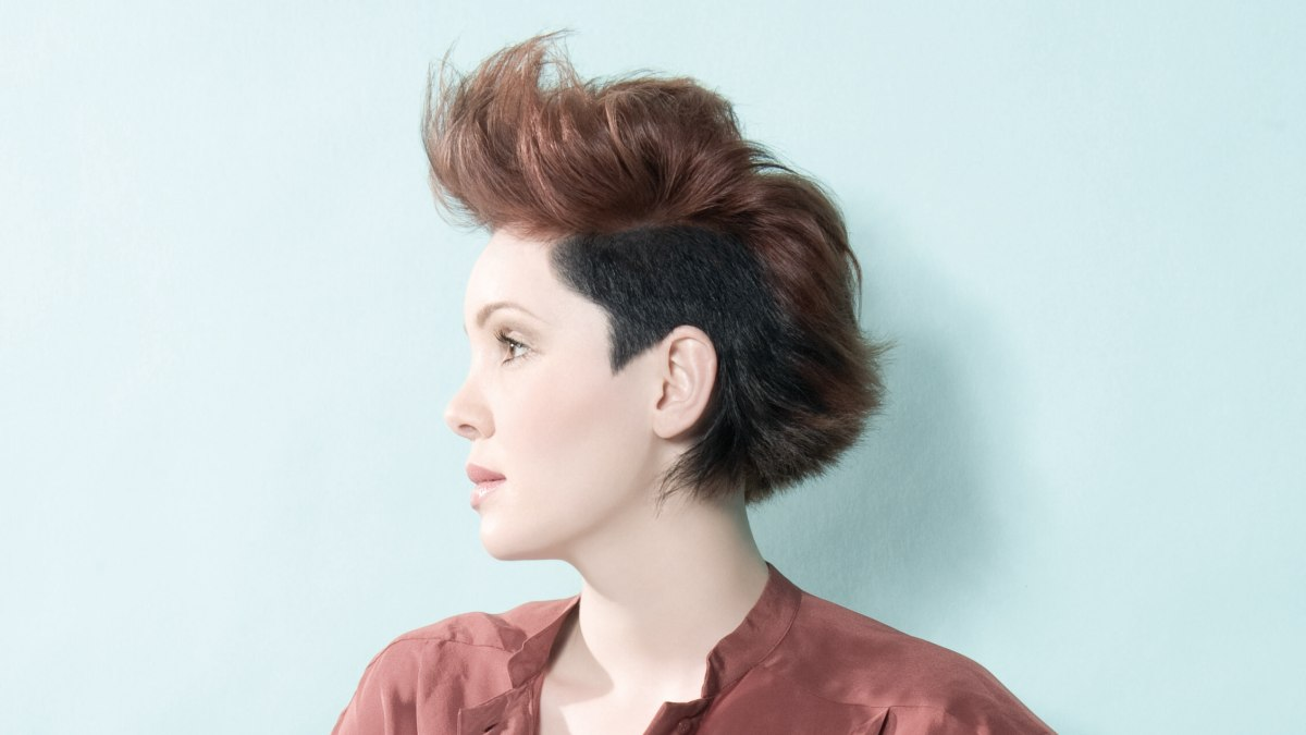 Groovy New Look For A Short Haircut With Uplifting Into A Flip Short Hairstyles Gunalazisus