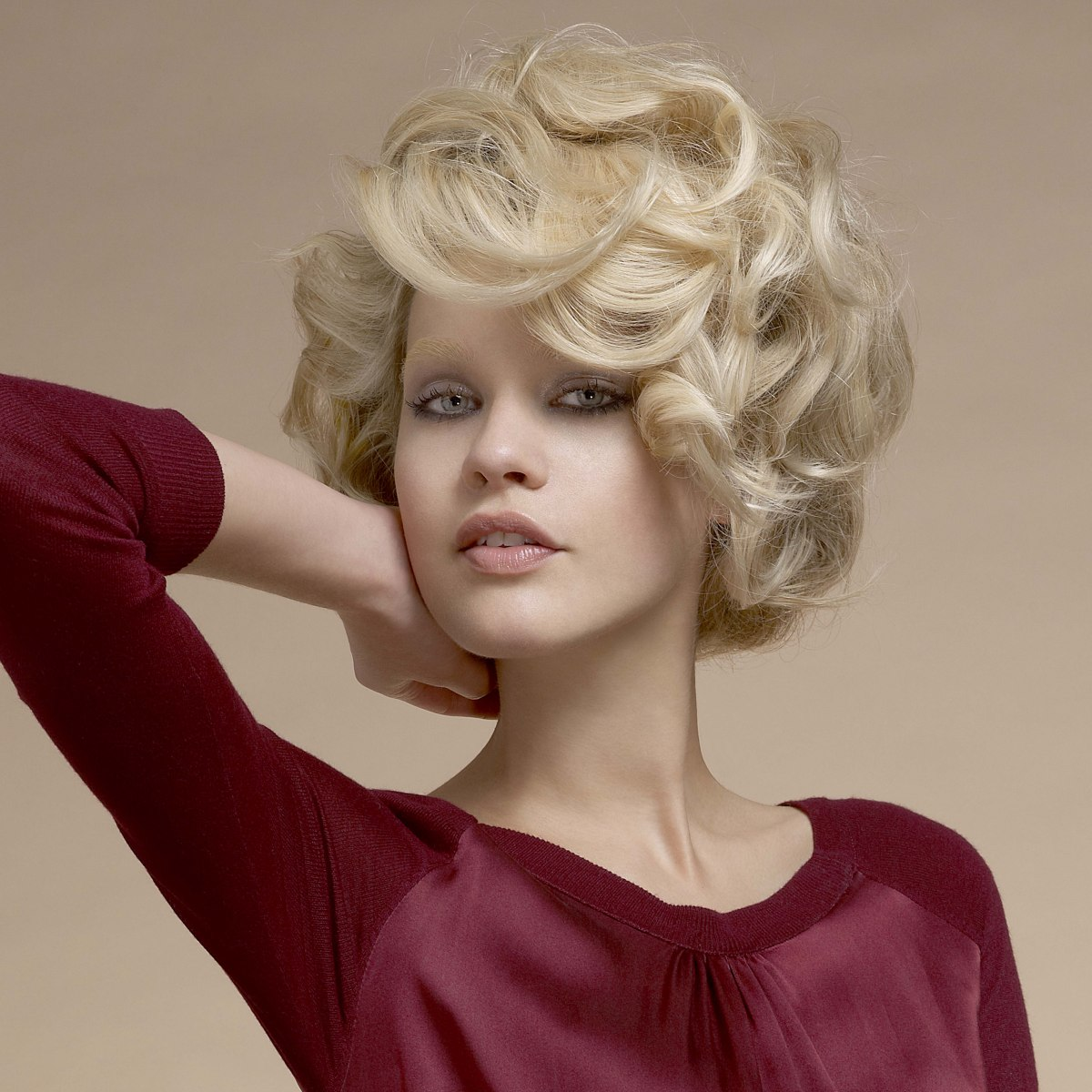 Phenomenal Mid Neck Length 60S Hairstyle With Large Curls Short Hairstyles Gunalazisus