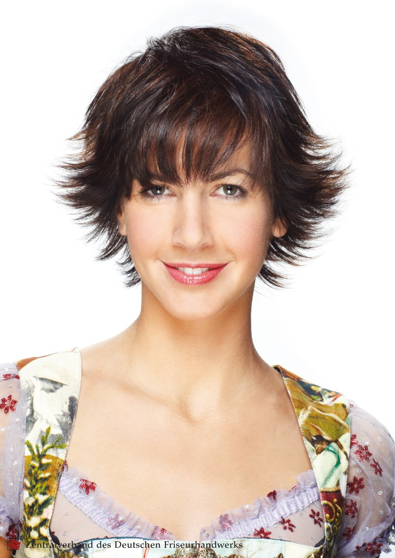 Short Hair Cut With Feathery Texture And Styled With