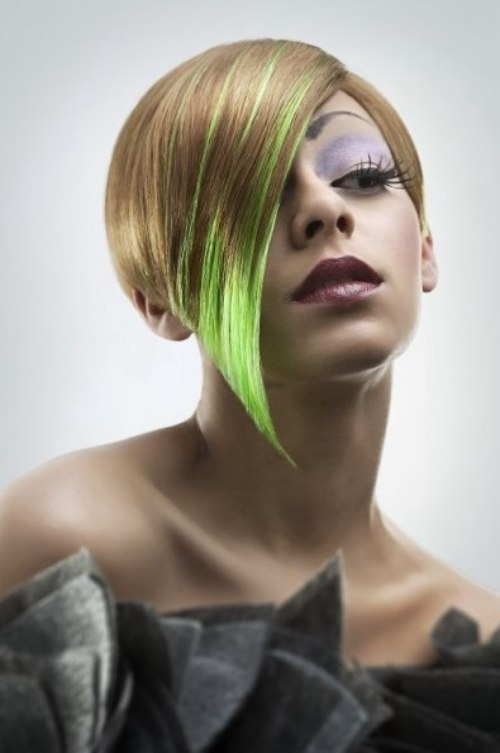 Short Mid Ear Length Hair With A Green Color Flash