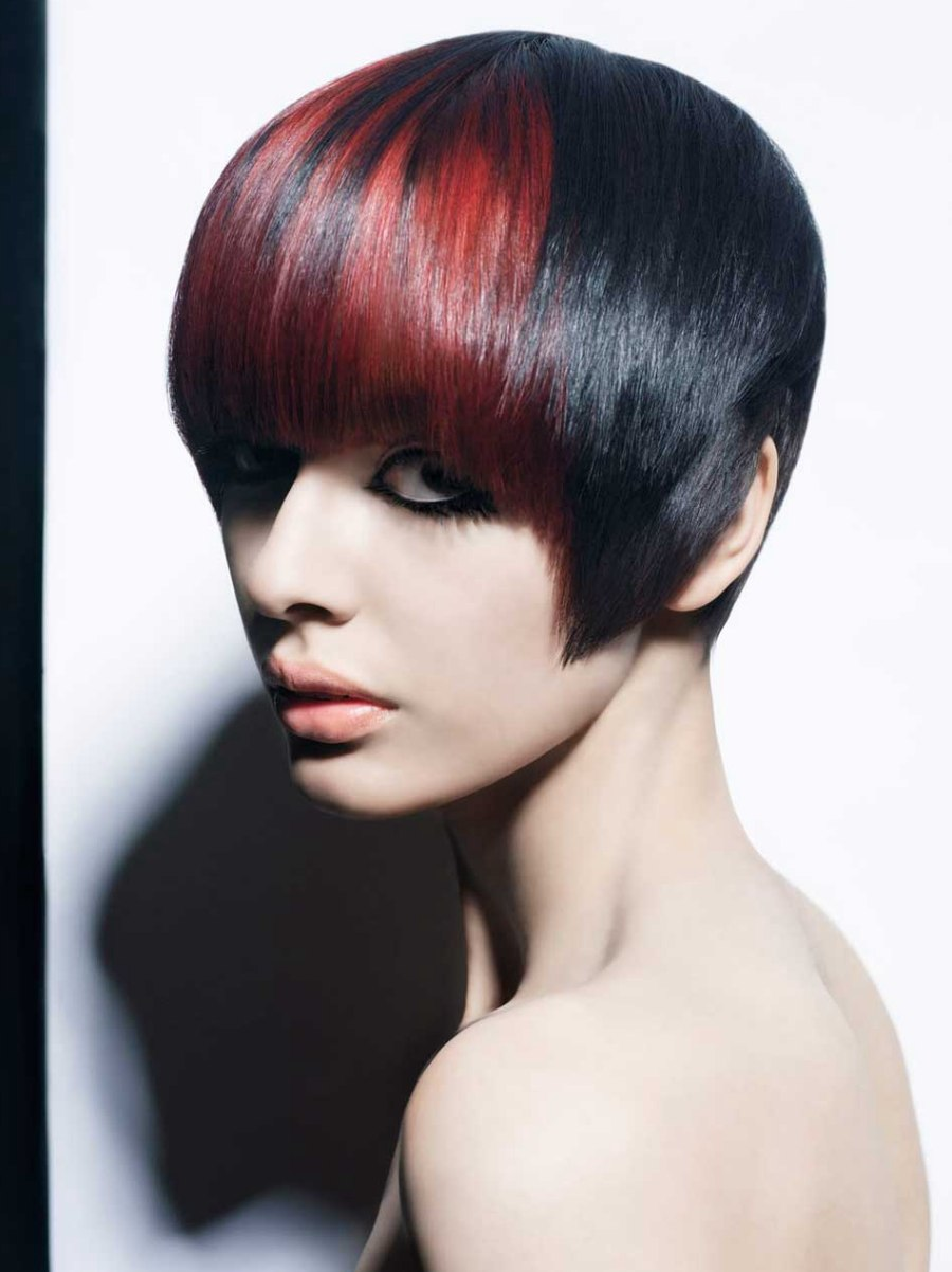 Face Framing Short Hairstyle With A Curved Fringe