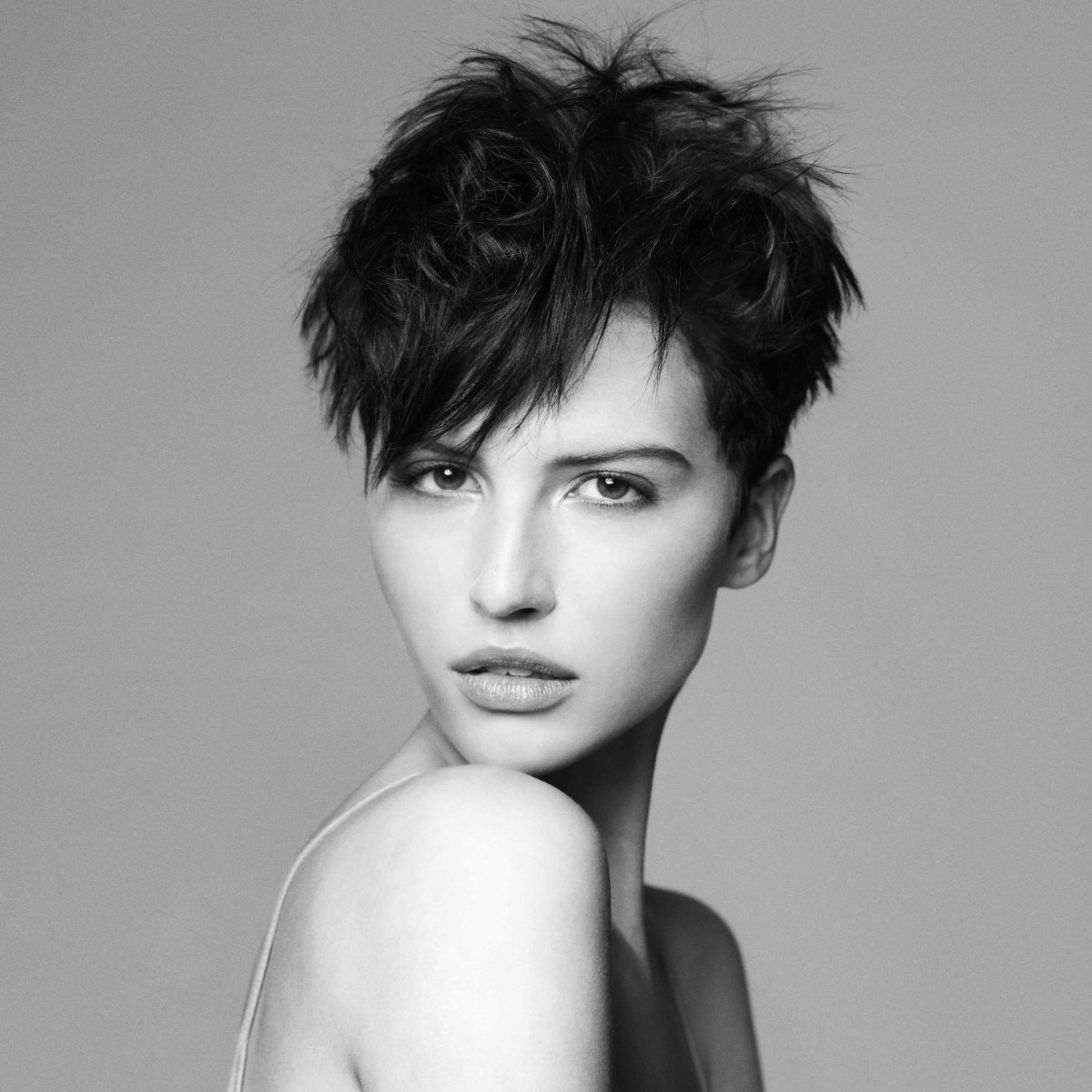 Short Razor Cut Hairstyles Short Razor Cut Hairstyle That Can Be Styled In Or Out Of The Face