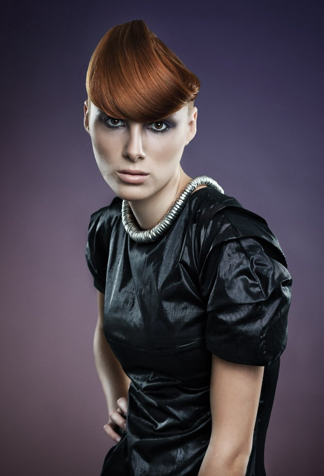 Cubist Hairstyle With A Triangular Shape