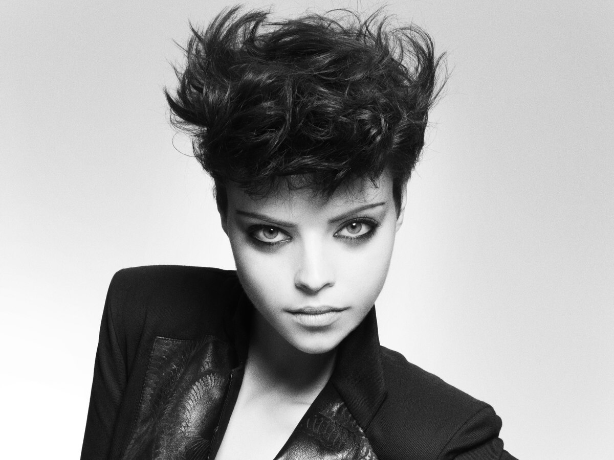 Wearable And Flattering Short Spiky Hairstyle With