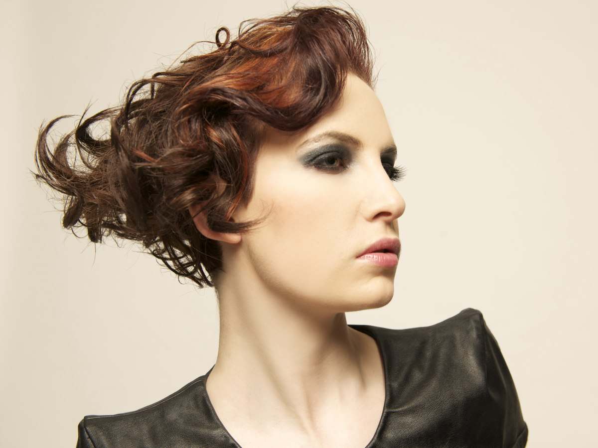 Short wedge shape hair with curls
