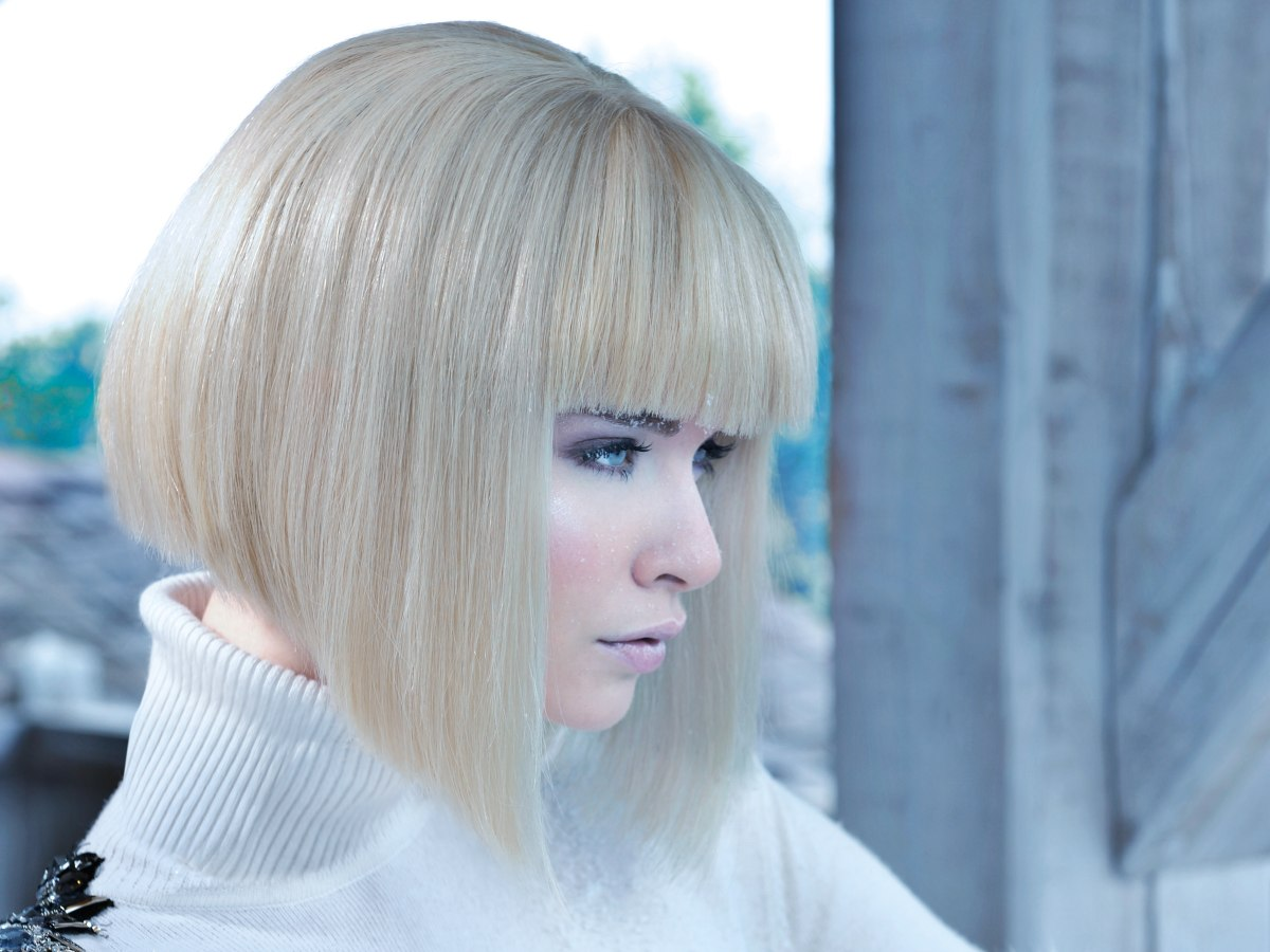 Platinum A Line Bob With Undercut For Movement Clean And