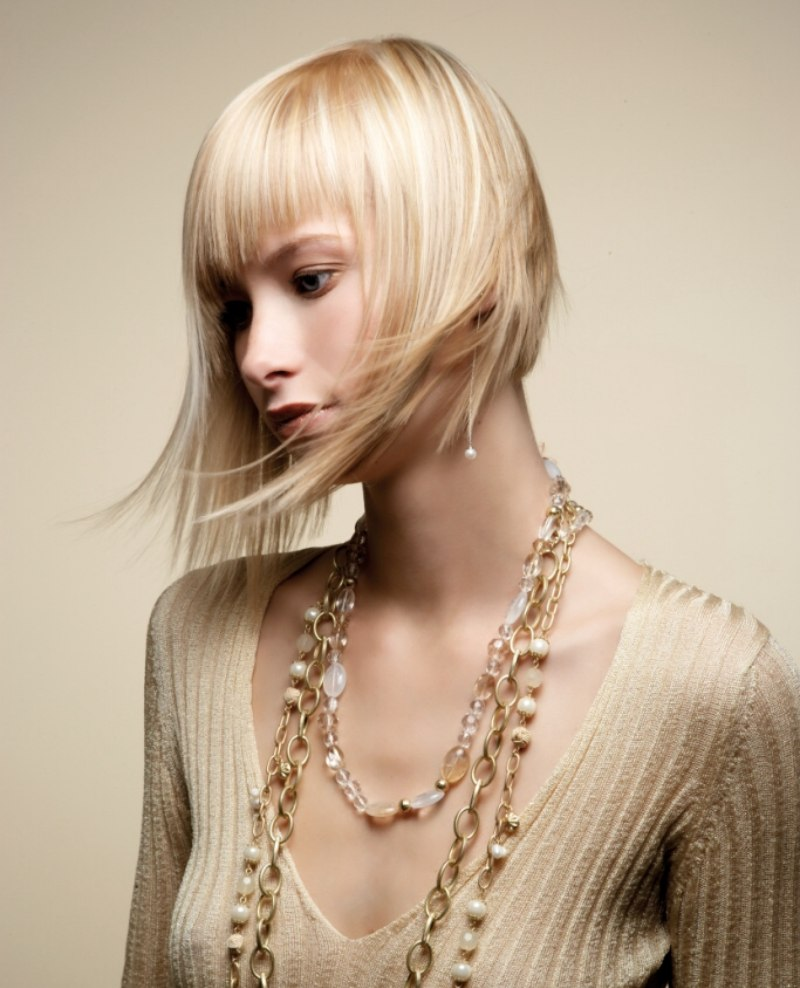 Bevel Cut Bob Hairstyle With Fine Texture And An Airy Flow