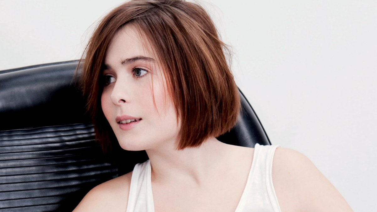 Straight Side Parted Chin Length Bob With Messy Styling