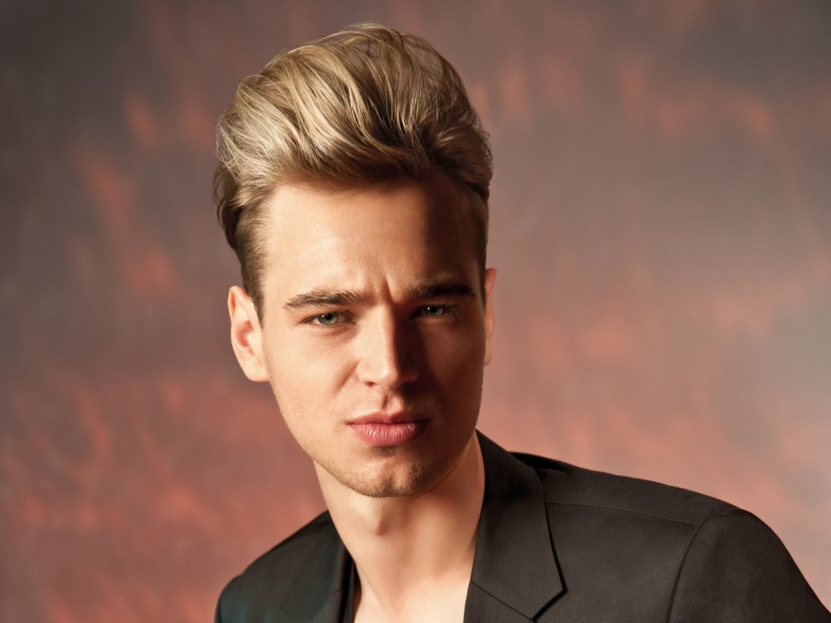 Men S Hairstyle For A James Dean Look With A High Combed