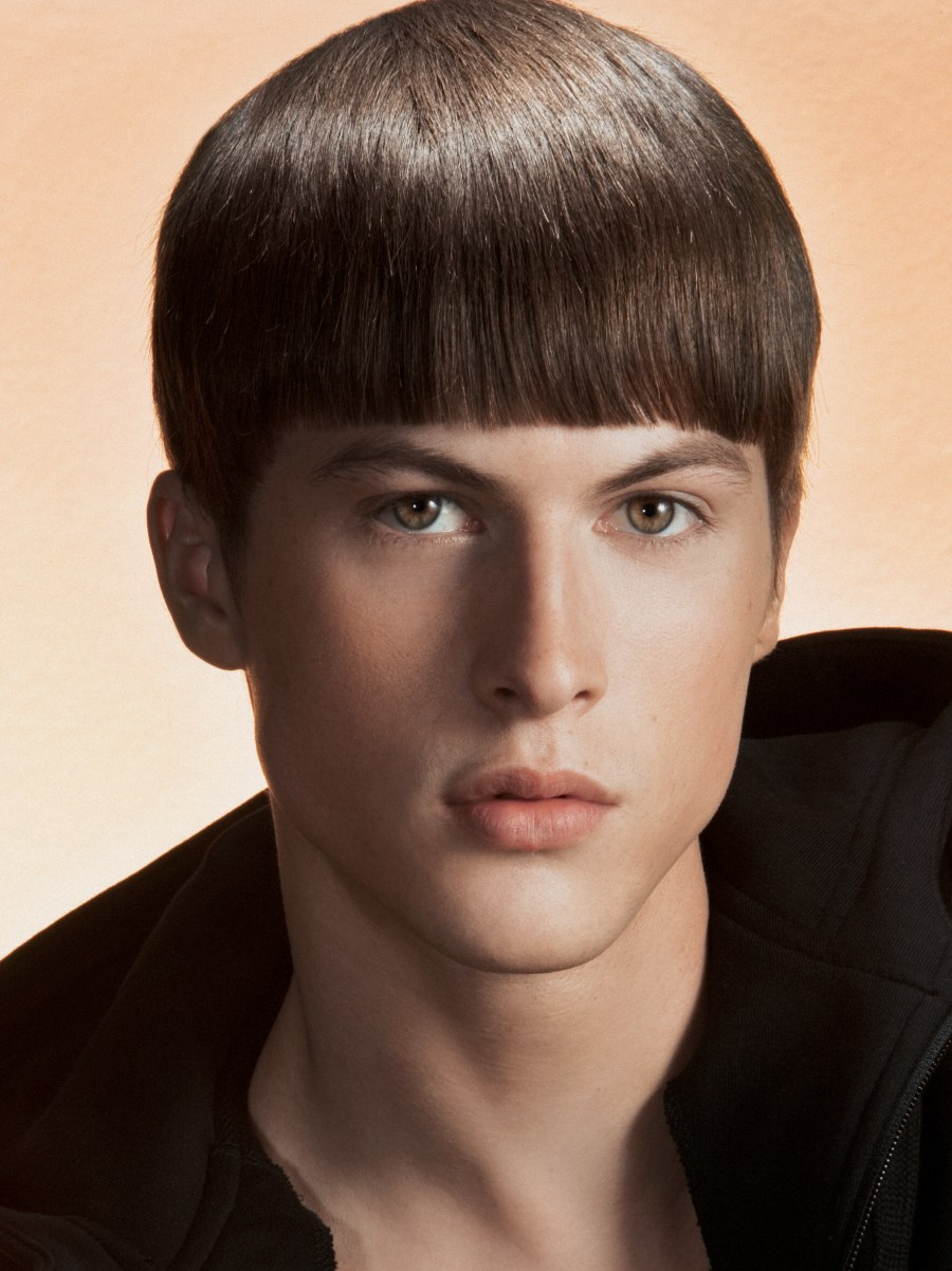 Short Fashion Haircut For Modern Men