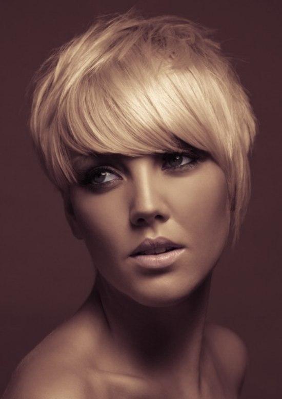 http://www.hairfinder.com/hairstyles6/des-hairstyle5.jpg
