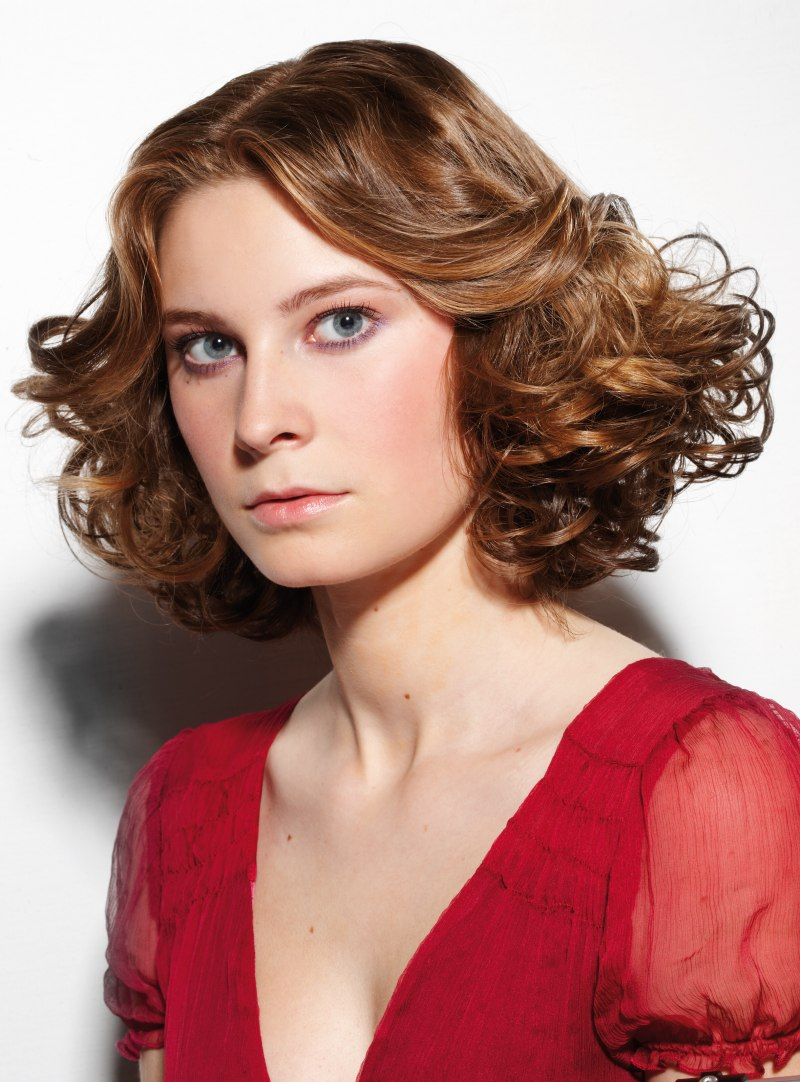 Medium Bob With Layers And Curls Trapezoid Shape Hairstyle