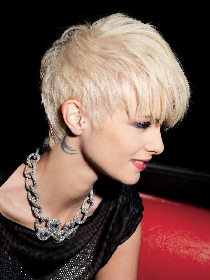 Pixiecut With Extra Bulk In The Top Section