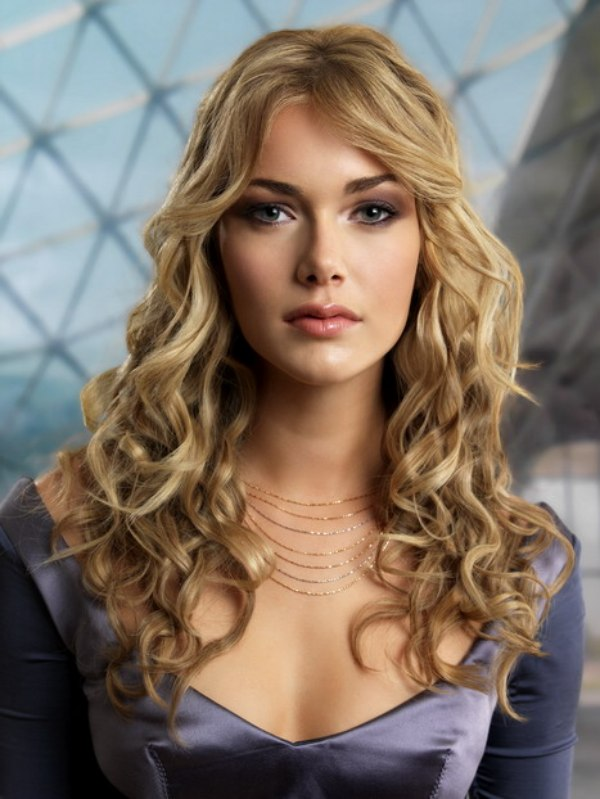Ribbon Shaped Curls For Long Hair For A Princess Look
