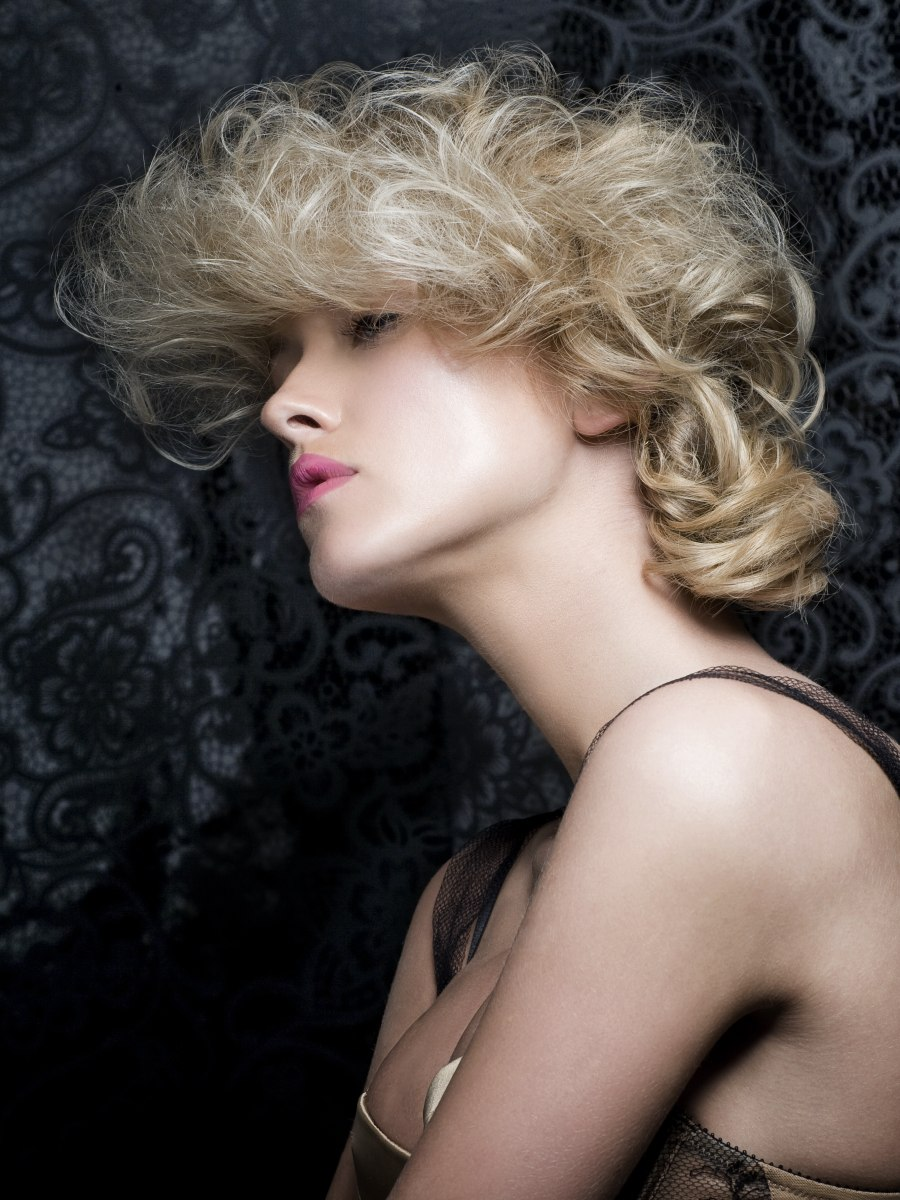 Moulin Rouge Look Hairstyle With Large Curls And A Soft Knot