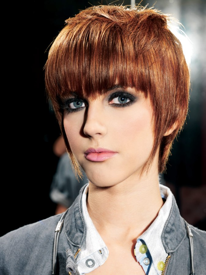 Razor Cut Pixie With Elongated Points And Tapered Layering