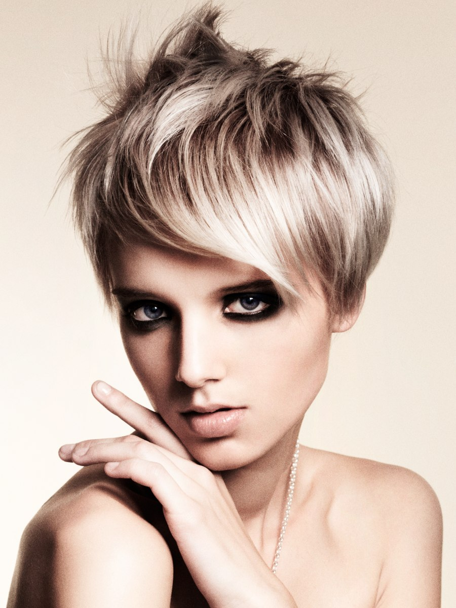 y short haircut with a long fringe