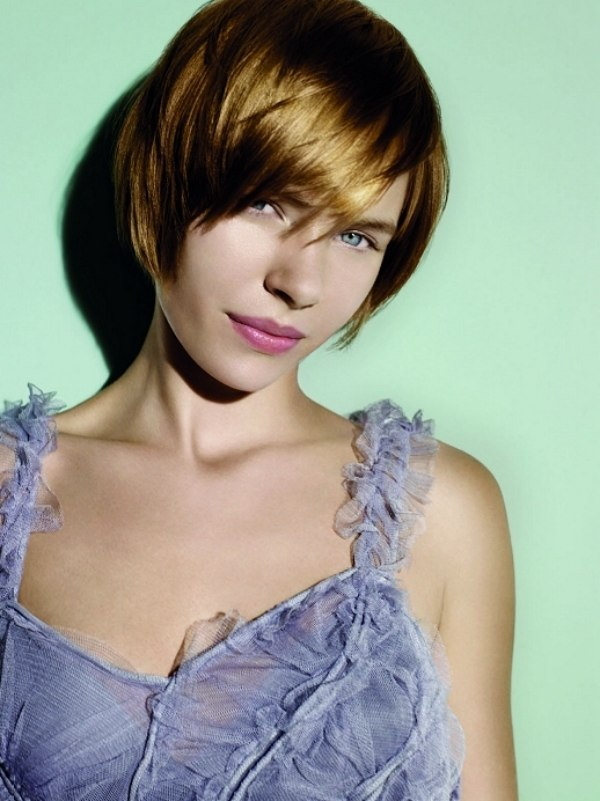 Hairstyles with versatile wearability and fluid design
