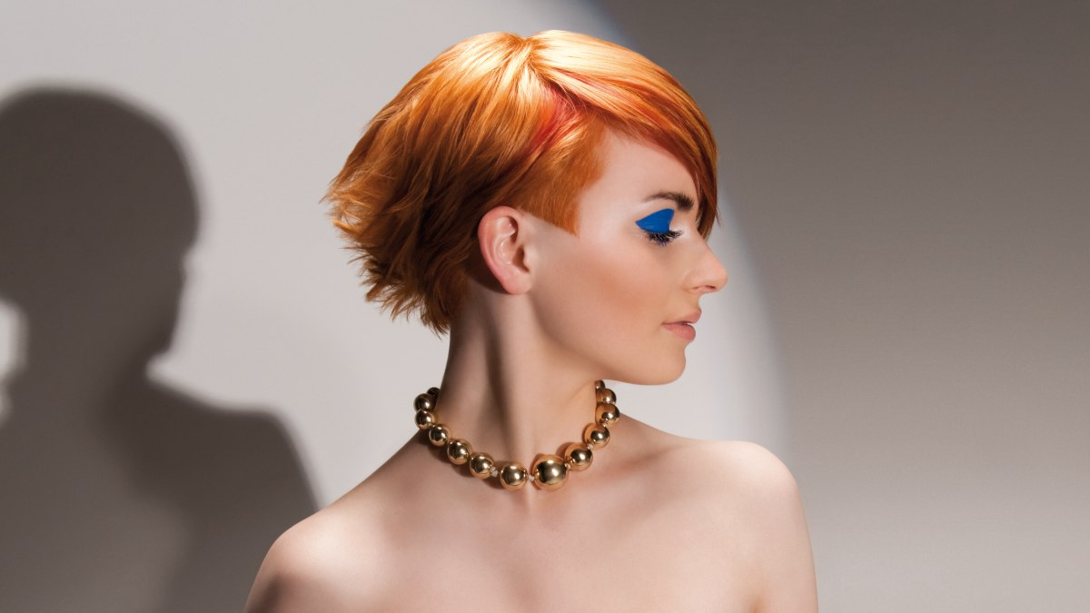 8 Hairstyles: Short Haircut With The Back Of The Head Layered And Textured