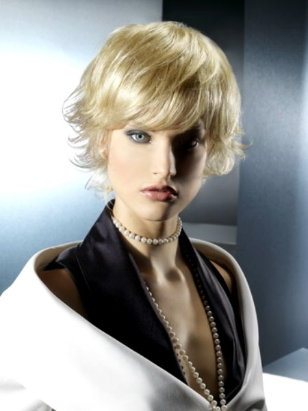 short hair styles for thick hair women. Short Hairstyles For Thick